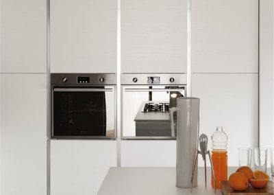 01-7-modern-kitchen-vela-683x1024