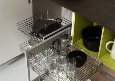 cucina-moderna-gaia-meccanismo-base-angolo-estraibile-683x1024