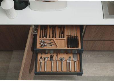 cucina-moderna-zen-cassetto-funzionale