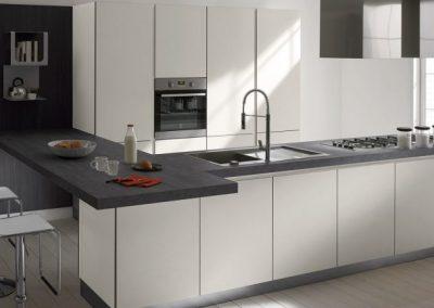 cucina-stratos-aleve-luna-glass-grigio-1024x432